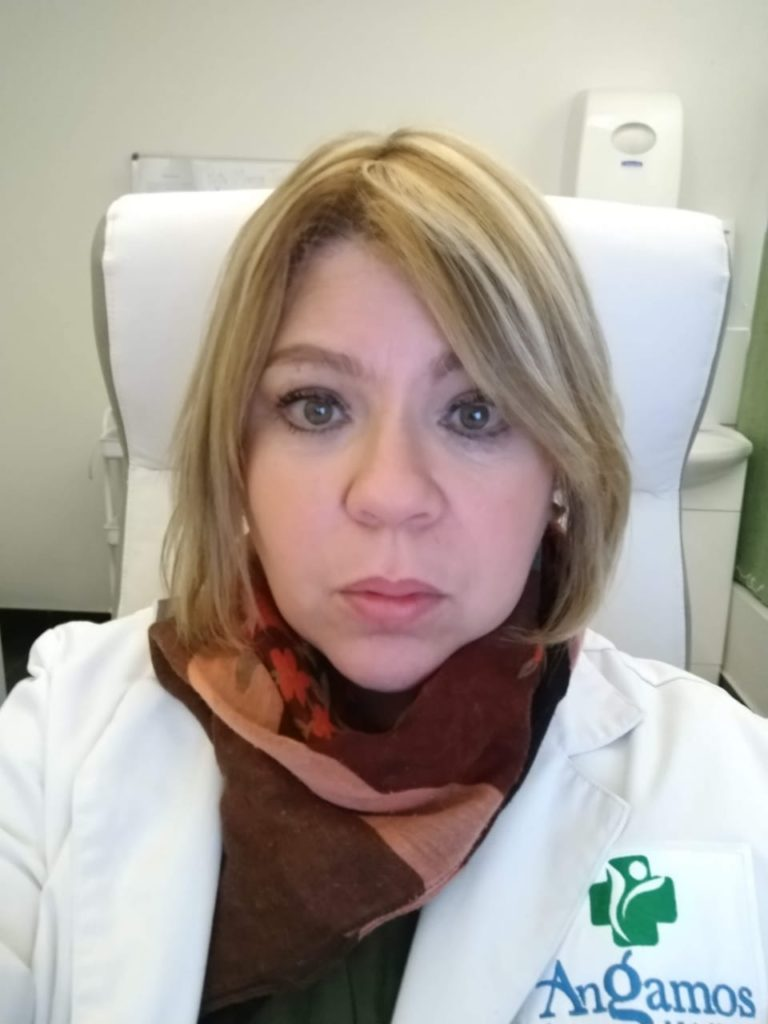 Dra. Adriana Alvins De Castaño